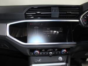 Audi Q3 Sportback 2.0T FSI Quat Stron S Line - Image 11