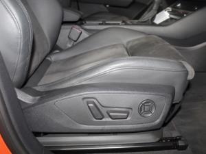 Audi Q3 Sportback 2.0T FSI Quat Stron S Line - Image 17
