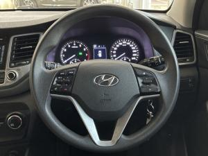 Hyundai Tucson 2.0 Elite auto - Image 10