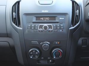 Isuzu D-Max 250 double cab Hi-Ride auto - Image 12