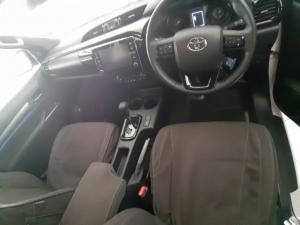 Toyota Hilux 2.8GD-6 double cab Legend auto - Image 6