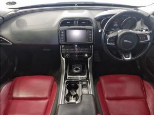 Jaguar XE 20d R-Sport - Image 9