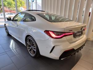 BMW 4 Series M440i xDrive coupe - Image 4