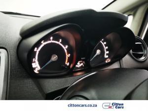 Ford Fiesta 5-door 1.4 Ambiente - Image 18
