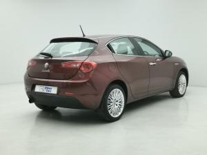 Alfa Romeo Giulietta 1.4TBi Distinctive - Image 4