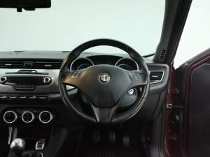 Alfa Romeo Giulietta 1.4TBi Distinctive - Image 7