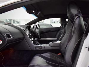 Aston Martin Vantage Coupe - Image 10