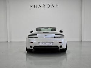 Aston Martin Vantage Coupe - Image 14