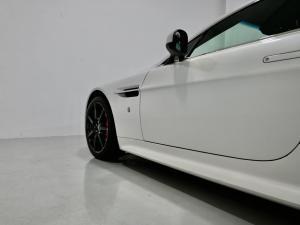 Aston Martin Vantage Coupe - Image 15