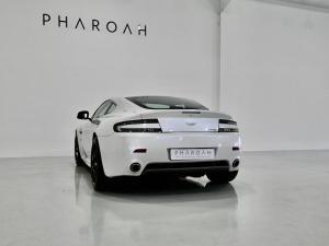 Aston Martin Vantage Coupe - Image 17
