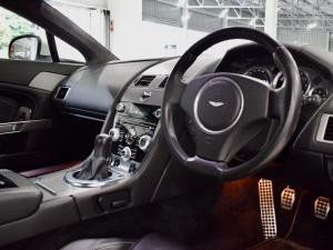 Aston Martin Vantage Coupe - Image 6