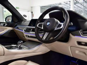 BMW X5 M50d - Image 10