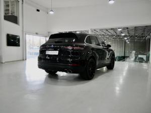 Porsche Cayenne Cayenne - Image 12
