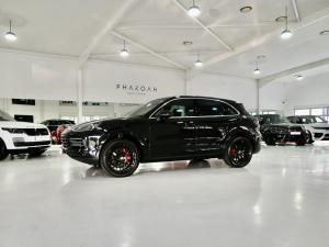 Porsche Cayenne Cayenne - Image 1