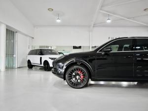 Porsche Cayenne Cayenne - Image 2