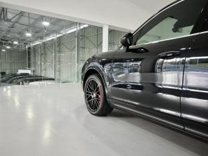 Porsche Cayenne Cayenne - Image 3