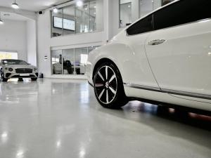 Bentley Continental GT - Image 9