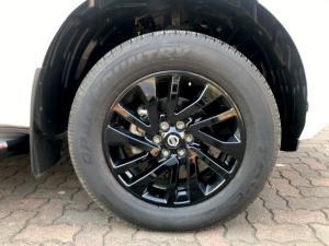 Nissan Navara 2.3D double cab 4x4 Stealth auto - Image 7