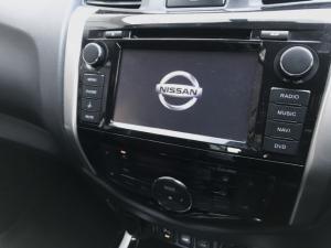 Nissan Navara 2.3D double cab 4x4 Stealth auto - Image 9