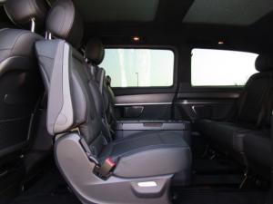 Mercedes-Benz V300d Exclusive - Image 14