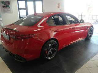 Alfa Romeo Giulia 2.9T V6 Race Edition