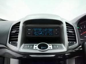 Chevrolet Captiva 2.2D AWD LTZ - Image 8