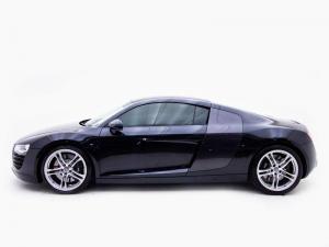 Audi R8 4.2 FSi Quattro - Image 5
