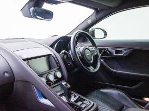 Jaguar F-TYPE R 5.0 V8 Single Cab Coupe - Image 10