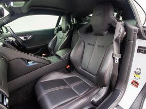 Jaguar F-TYPE R 5.0 V8 Single Cab Coupe - Image 9