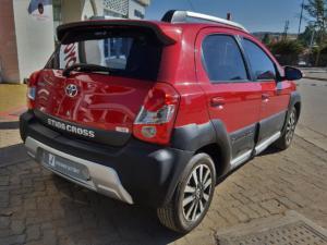 Toyota Etios Cross 1.5 Xs - Image 3