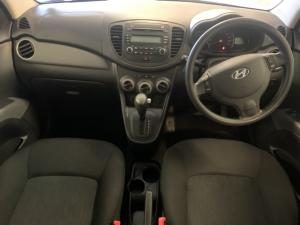 Hyundai i10 1.25 GLS auto - Image 10