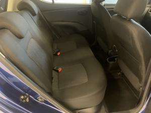 Hyundai i10 1.25 GLS auto - Image 8