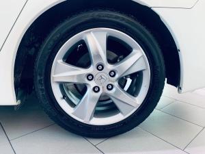 Honda Accord 2.0 automatic - Image 11