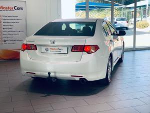 Honda Accord 2.0 automatic - Image 6