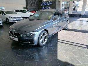 BMW 320i Sport Line automatic - Image 1