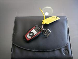 BMW 320i Sport Line automatic - Image 3