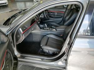 BMW 320i Sport Line automatic - Image 4