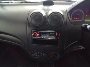 Chevrolet Aveo 1.6 L - Image 13