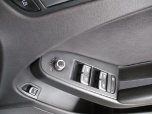 Audi A4 2.0 TDI Stronic - Image 23