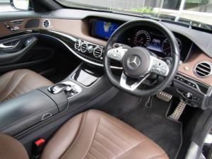 Mercedes-Benz S450 - Image 9
