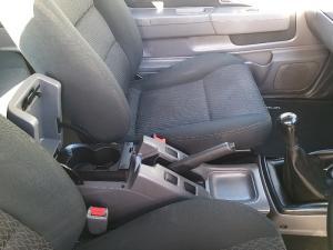 Nissan NP300 Hardbody 2.5TDi double cab Hi-rider - Image 14