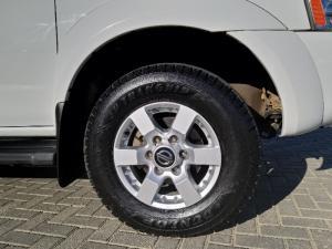Nissan NP300 Hardbody 2.5TDi double cab Hi-rider - Image 17