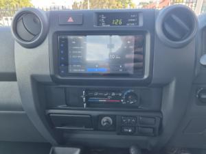 Toyota Land Cruiser 79 Land Cruiser 79 4.5D-4D LX V8 - Image 12
