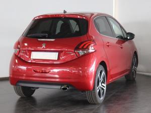 Peugeot 208 1.2T GT Line auto - Image 2