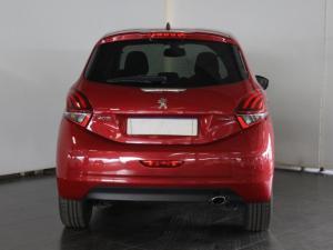 Peugeot 208 1.2T GT Line auto - Image 3