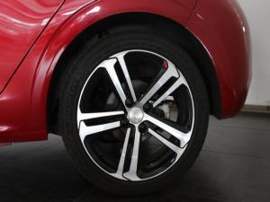 Peugeot 208 1.2T GT Line auto - Image 8