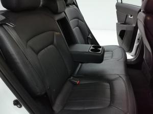 Kia Sportage 2.0 auto - Image 12