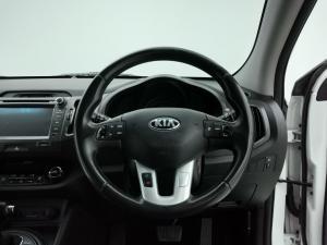 Kia Sportage 2.0 auto - Image 7