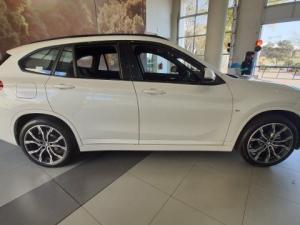 BMW X1 sDRIVE18d M-SPORT automatic - Image 8