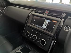 Land Rover Discovery 3.0 TD6 SE - Image 16